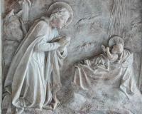 Altar-Back-Reredos-Stone-Carving-Plain-Nativity-Violet-Pinwill-Ermington