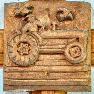 Roofboss 20th Century Tractor Carved Wood Plain Broadwoodwidger