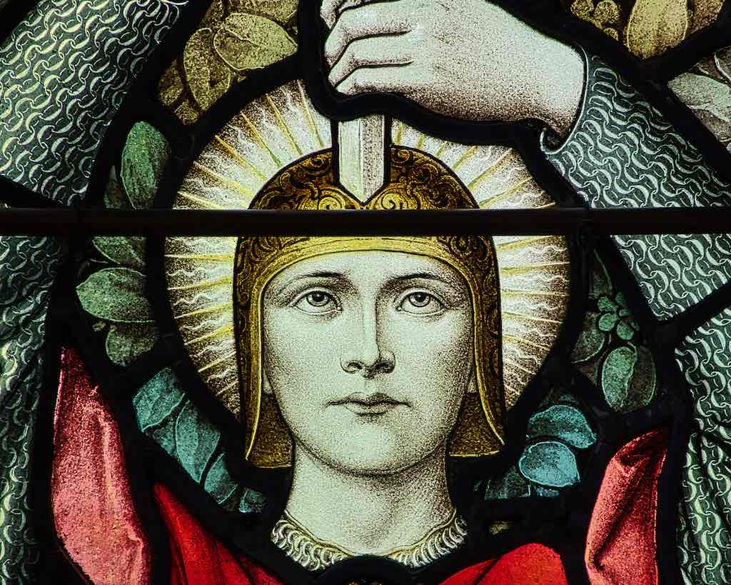 A lovely subdued detail from a 'Faith, Hope and Love' window, very 1920s.