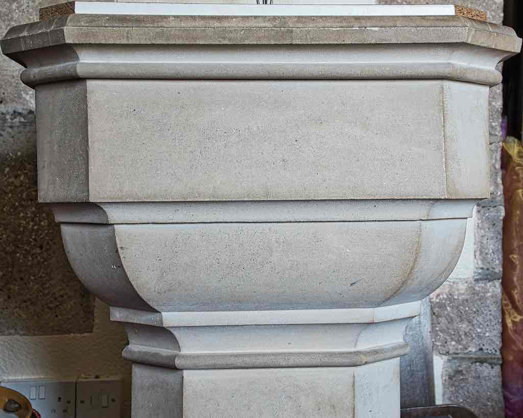 A very mannered 19th century font.