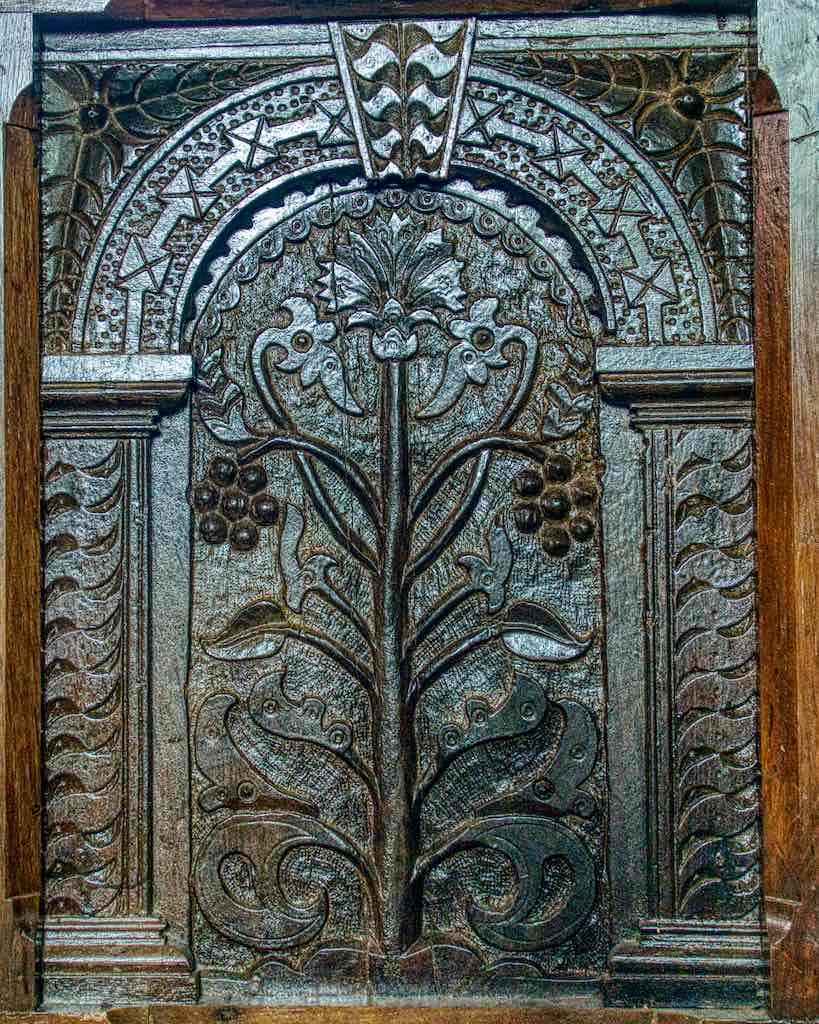 Jacobean carving probably from 1600-1620