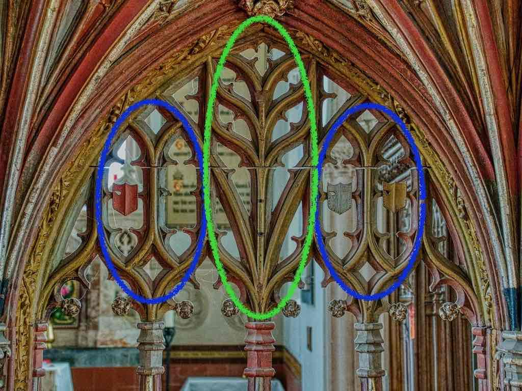 Outlining the plants in the tracery