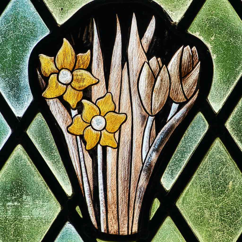 Stained Glass Spring Daffodils Tulips Robert Paterson 20th Century Bradford
