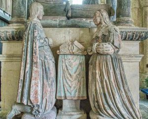 Monument Stone Carving Coloured Statues Praying Sir Thomas Wyse Children 17th Century Marystow
