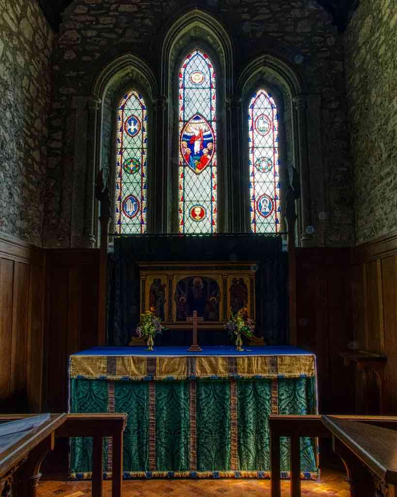 The dusky chancel