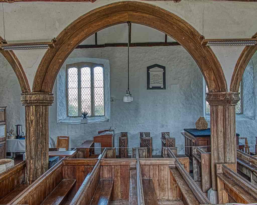 Oak pillars, oak arches, Dowland church is just wonderful